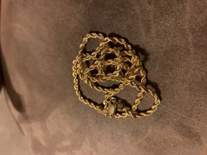 Solid 14k yellow gold diamond cut Italy rope chain. 18 inch for Sale in Layton, UT