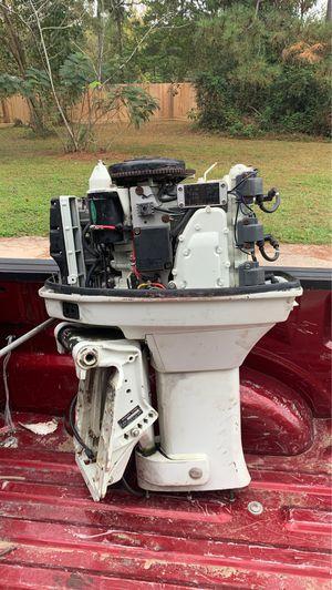1987 outboard Suzuki boat motor for Sale in Splendora, TX