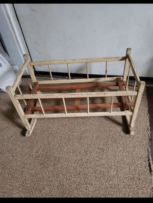 Antique baby doll cradle for Sale in Columbus, OH