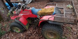Honda 4 wheeler with gun rack and working winch for Sale in Provencal, LA