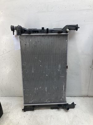 For 2016 2017 Hyundai Sonata front radiator for Sale in Chino Hills, CA