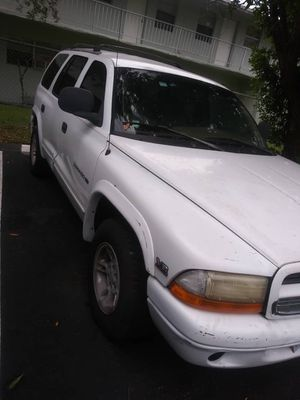 Dodge durango 1999 for Sale in North Miami, FL
