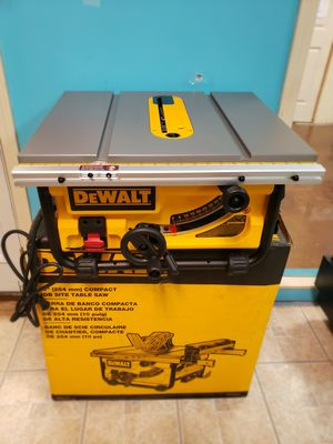 Dewalt 10 in compact job site table saw for Sale in Alpharetta, GA