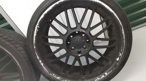 (4) 18 inch 4 lug universal rims. Tires are 215/35ZR18 84W XL. Acura emblem. Paint peeling alot n tires are descent except one. Great deal for Sale in Brandon, FL