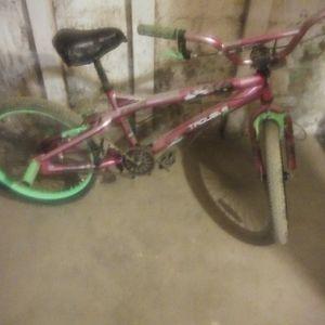 Girls bike for Sale in Peoria, IL