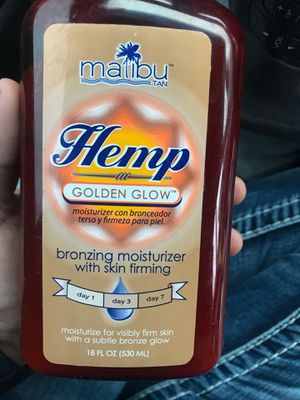 Malibu tan hemp bronzing moisturizer with skin firming for Sale in Aberdeen, WA