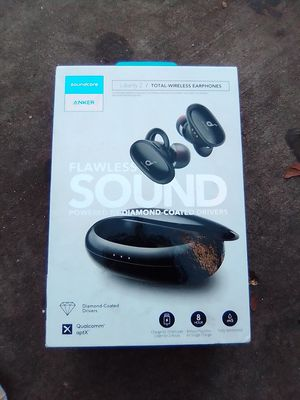 ANKER FLAWLESS SOUND for Sale in Bakersfield, CA
