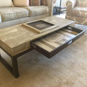 Coffee Table for Sale in Fort Belvoir, VA
