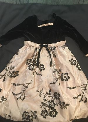 Girl party dress -size 5 like new for Sale in Sudbury, MA