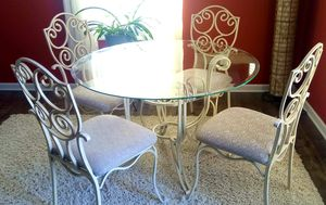 45 in round tempered glass top dining room table with 4 matching chairs for Sale in Morgantown, WV
