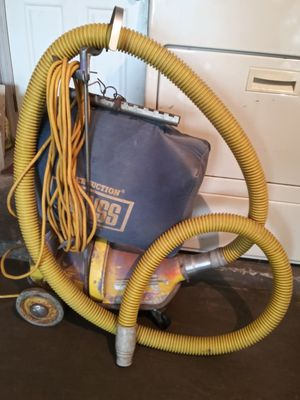 Heavy duty vacuum cleaner for Sale in Houston, TX
