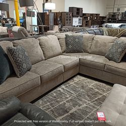 NEW, LARGE L SHAPPED, RAF DOFA SECTIONAL WITH CORNER WEDGE for Sale in Santa Ana,  CA