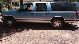 1994 Chevy suburban 1500,4+4 automatic. for Sale in Show Low, AZ