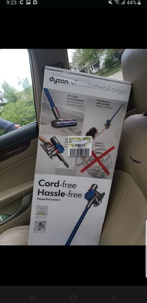 Dyson V7 brand new for Sale in Cleveland, OH