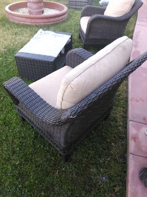 Wicker chairs and table for Sale in West Covina, CA