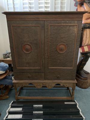 Antique Wooden Hutch Cabinet for Sale in Corona, CA