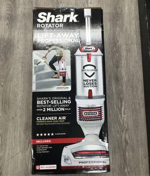 Shark Rotator vacuum for Sale in Garland, TX