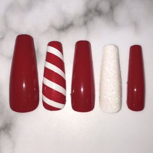 Red christmas long coffin press on nails for Sale in Claremont, CA