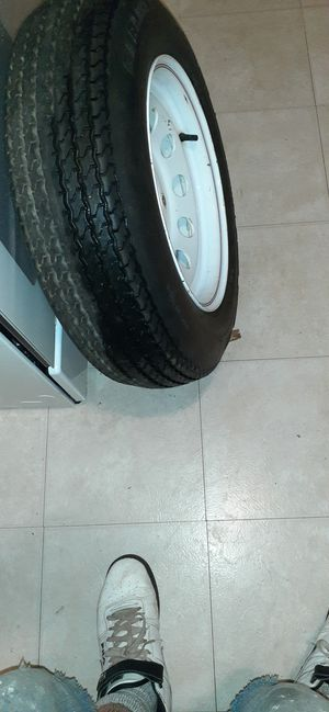 CARLISE Sure Trail New tire and whheel St195/75/D 14 for Sale in St. Louis, MO
