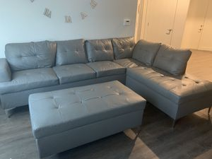 Grey sectional with ottoman for Sale in Salt Lake City, UT