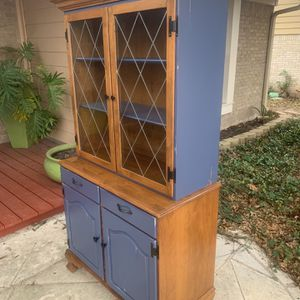 Vintage Ethan Allen China Cabinet/buffet for Sale in Austin, TX