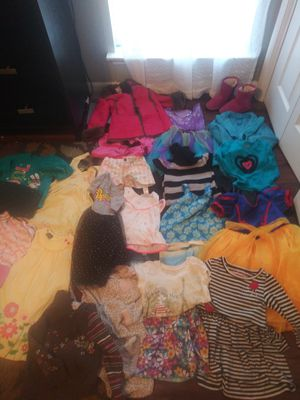 27 Pc. Toddler Girls lot size 4t mix lot of jackets, shoes-jeans dresses etc. Old Navy Children's place Disney for Sale in Fort Worth, TX