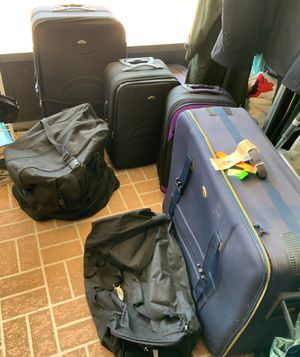 Suitcases and duffel bags for Sale in Kissimmee, FL