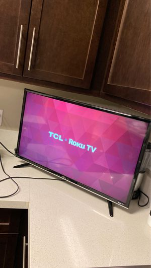 "TCL 32"" Class S-Series 720p HD LED Roku Smart TV for Sale in Los Angeles, CA"