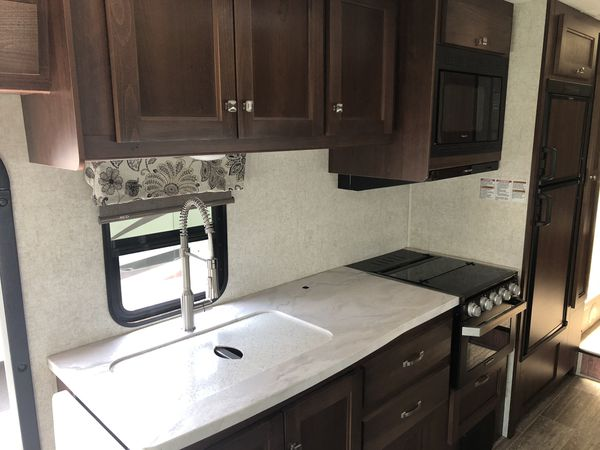 2019 Forest River 2851LE Forester 30ft long class C RV