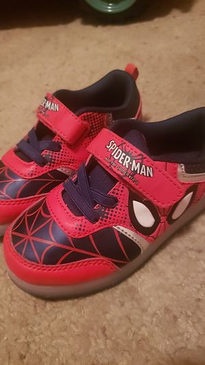 Kids spiderman shoes: size 10 for Sale in Anaheim, CA