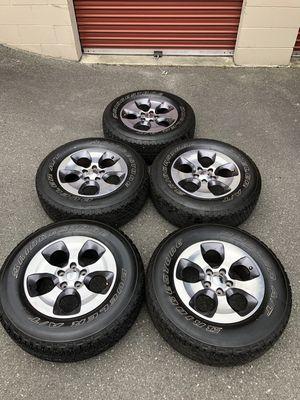 "18"" OEM Jeep Wheels with Bridgestone Tires 5x5 for Sale in Mukilteo, WA"