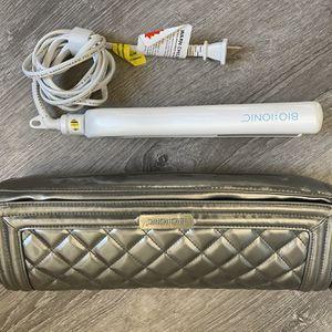 Bio Ionic Flat Iron Straightener Like New for Sale in Riverside, CA
