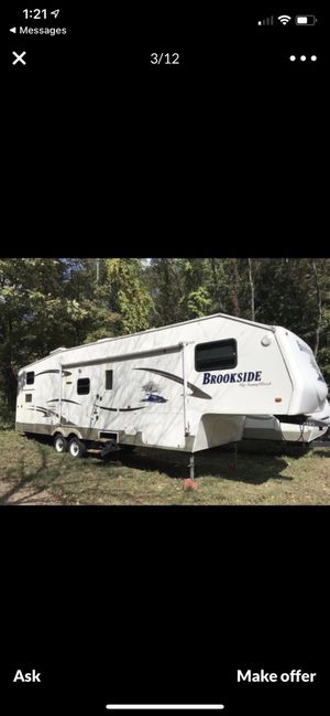 2007 Sunnybrook Brookside fifth wheel camper w/ bunkhouse for Sale in Watertown, CT