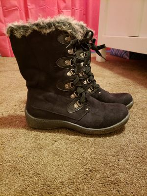 Western Chief womens size 7 winter boots for Sale in Cumberland, VA
