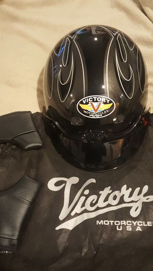 XXL Victory helmet for Sale in Sioux City, IA
