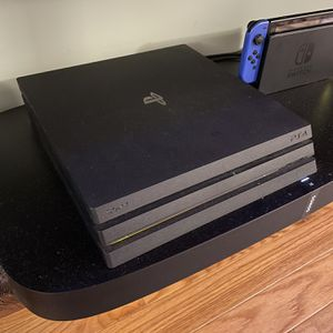 PS4 Pro + Games Bundle for Sale in Brooklyn, NY