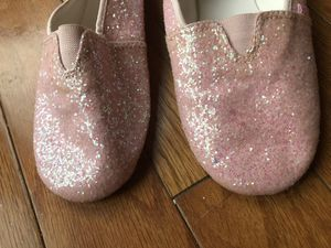 Dance shoes pink glitter for Sale in Dallas, TX