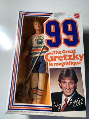 Wayne Gretzky Action Figure Edmonton Oilers for Sale in City of Orange, NJ