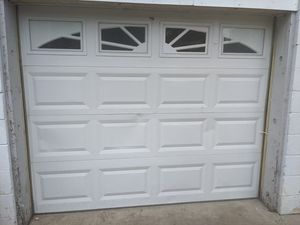 Automatic Garage Door made by Chamberlain for Sale in Nashville, TN
