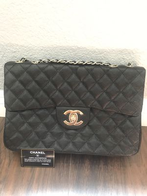 Chanel Black Caviar Jumbo Classic Flap Bag GHW for Sale in San Bernardino, CA