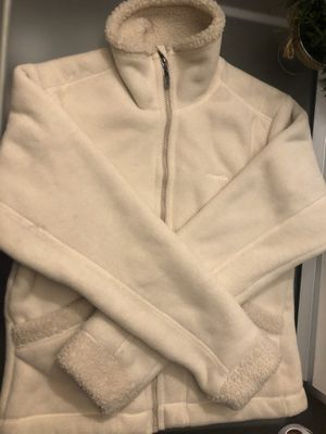 Patagonia WOMENS medium sweater for Sale in Hanover Park, IL
