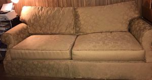 Couch for Sale in Lake Wales, FL