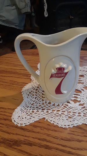 seagram's pitcher for Sale in Klamath Falls, OR