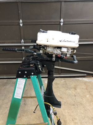 7.5 hp outboard motor with fuel tank for Sale in Kent, WA