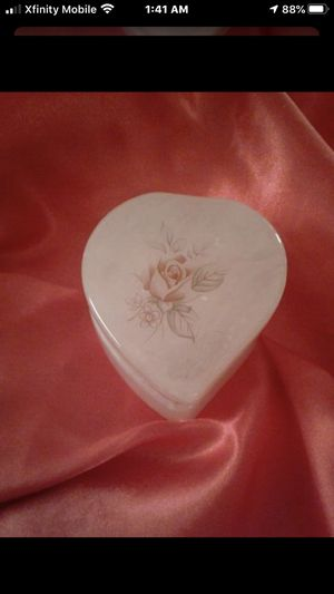Antique Alibaster Heart Trinket Box for Sale in Larkfield-Wikiup, CA