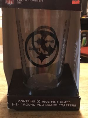 BRAND NEW NFL PITTSBURGH STEELERS ETCHED PINT GLASS WITH COASTERS for Sale in Seaford, DE