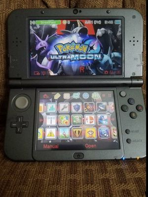 New Nintendo 3ds Super Mario Edition MODDED 32gb of games for Sale in Sacramento, CA