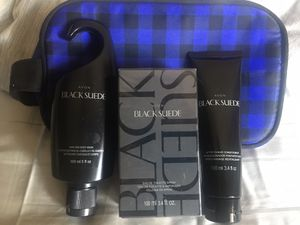 Avon Black Suede Fragrance, After Shave & Body Wash w/ Travel Bag for Sale in Murrieta, CA