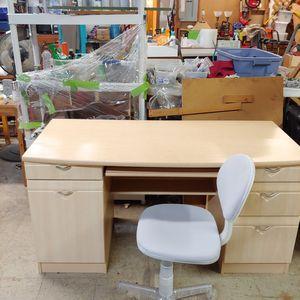 Contemporary Blond Desk for Sale in Meriden, CT