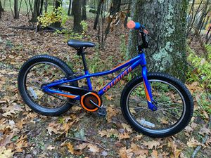 "2020 SPECIALIZED RIPROCK COASTER - royal blue - 20"" bike for Sale in West Newbury, MA"
